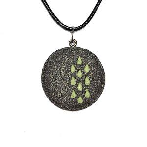 verižica-kapljice zelene